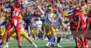 ORLANDO, FL - DECEMBER 31:  LSU Tigers quarterback Danny Etling (16) passes he ball during the Buffalo Wild Wings Citrus Bowl, between the LSU Tigers and the Louisville Cardinals on December 31, 2016, at Camping World Stadium in Orlando, FL. (Photo by Joe Petro/Icon Sportswire)